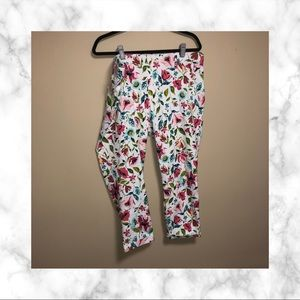 Time And Tru Plus Size Floral Capri Jeggings